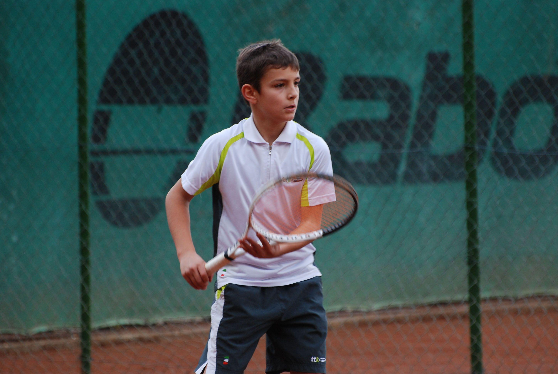 Lorenzo Musetti, recentemente premiato con il Supertennis Award e finalista agli Us Open Junior 2018, in una foto del 2012, quando vinse il Lemon Bowl under 10 (Foto Adelchi Fioriti)