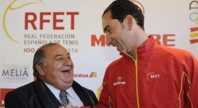 Pedro Munoz  con l'ex giocatore di Coppa Davis Albert Costa