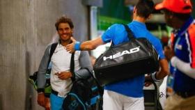 Djokovic si congratula con Nadal