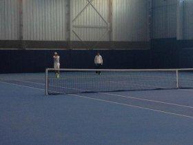 Rafael Nadal mentre si allena stamane a Manacor