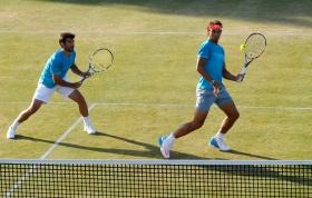 Rafael Nadal nella foto con Marc Lopez