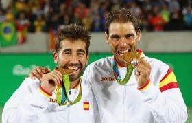Nadal e Marc Lopez oro in doppio