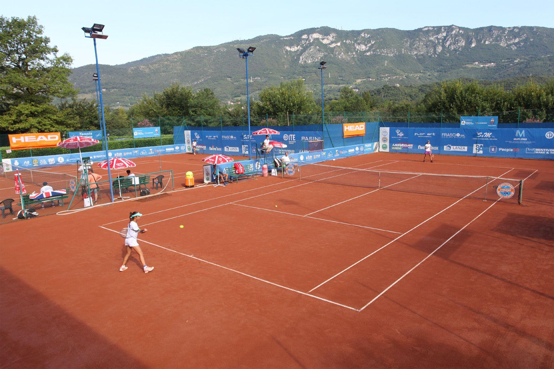 Una panoramica dei campi dell'Olimpica Tennis di Rezzato (Brescia), sede della diciassettesima edizione della Lampo Trophy Nation Cup - Grand Prix Gallerie Orler - Foto Alvaro Maffeis