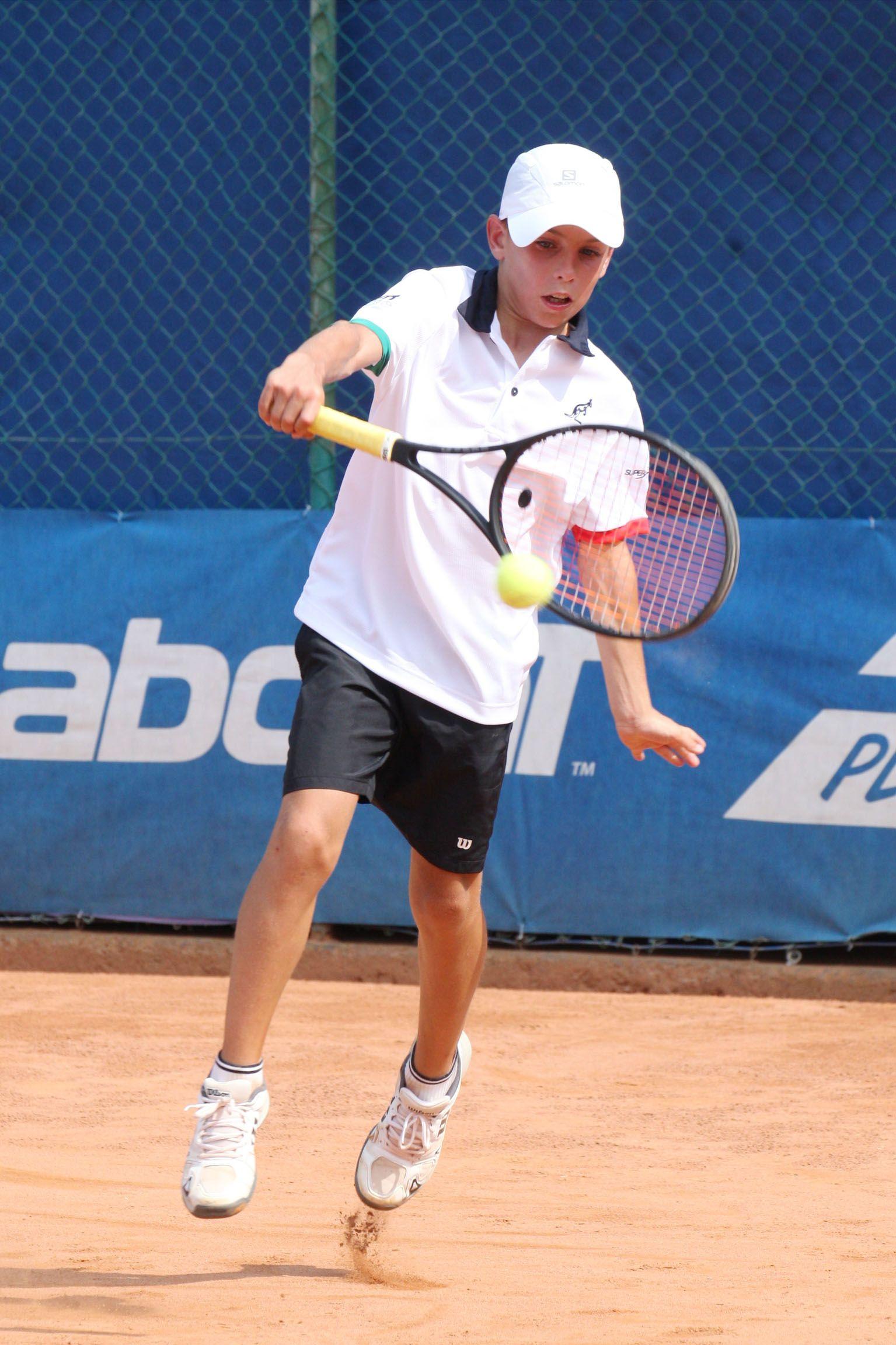 Lorenzo Angelini, forlivese classe 2006, ha trascinato l'Italia maschile in semifinale alla Lampo Trophy Nation Cup vincendo entrambi i suoi singolari nel girone