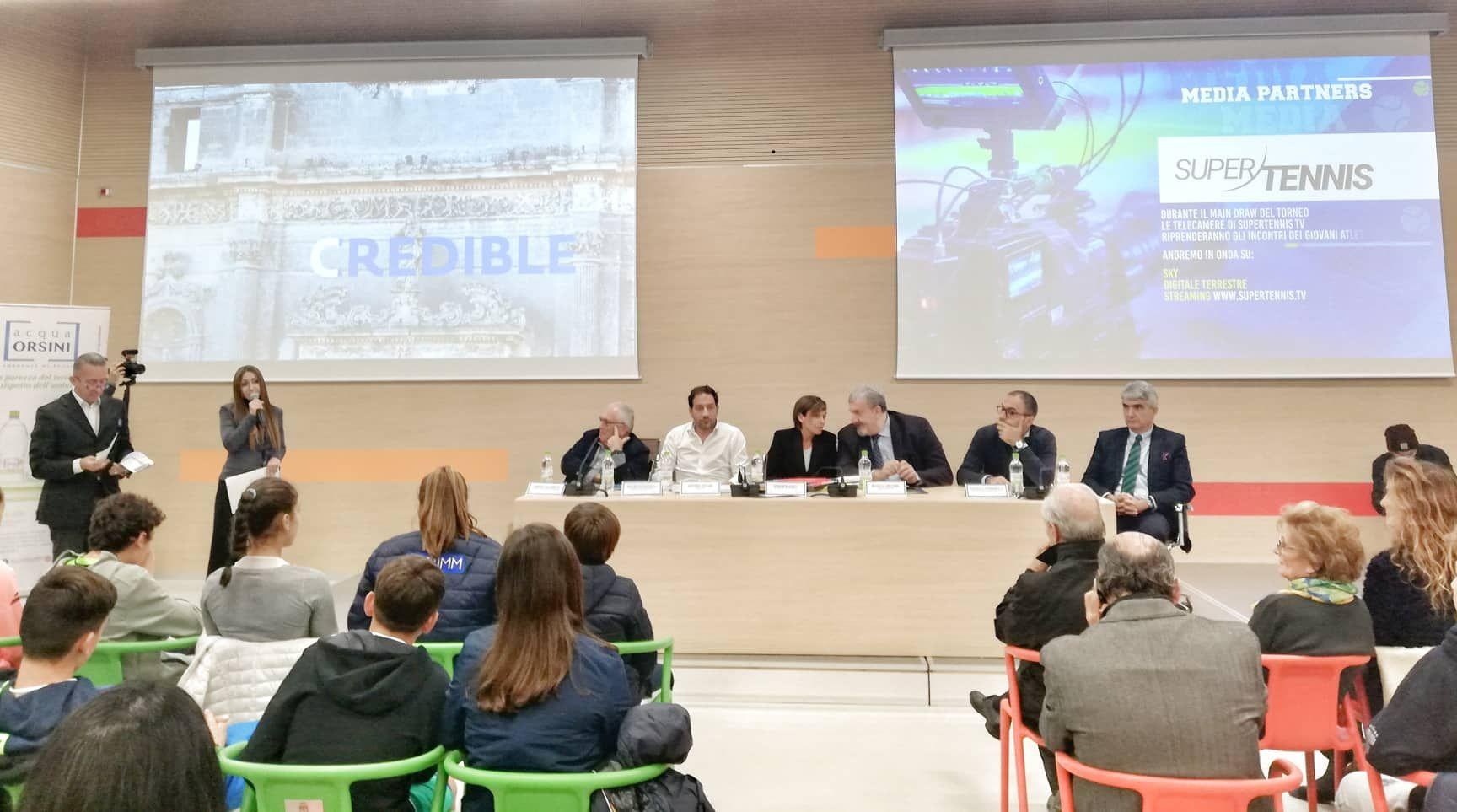 """Nicolaus Cup Under 12  Tennis Europe International Bari: La conferenza stampa. Roberta Vinci """"Non è importate vincere, cercate di prendere il positivo da questa esperienza e di dare sempre il massimo"""""""