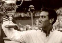 Lutto nel mondo del tennis: a 84 anni è scomparso Alejandro Olmedo, vincitore di Australian Open e Wimbledon nel 1959
