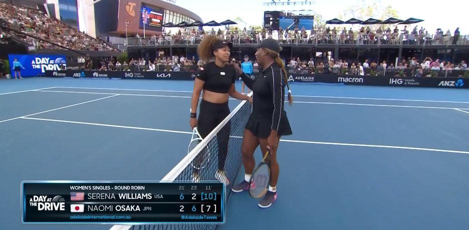 Serena Williams batte Naomi Osaka