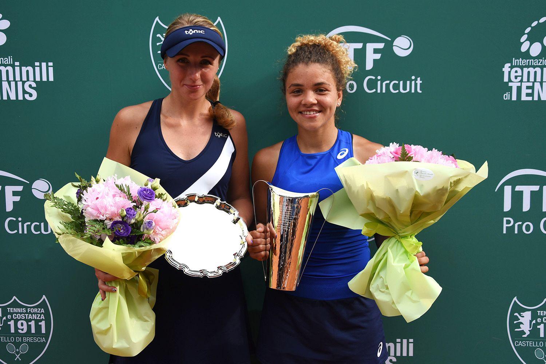 Da sinistra, Diana Marcinkevica (finalista) e Jasmine Paolini (vincitrice) - FOTO Game