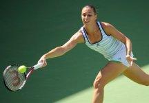 WTA Dubai: Flavia Pennetta non concede nulla alla Kleybanova ed in 50 minuti approda in semifinale