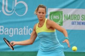 Conny Perrin, svizzera classe 1990, ha rifilato un doppio 6-2 a Giulia Remondina