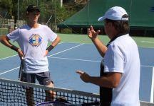 """Riccardo Piatti su Jannik Sinner: """"Io mi arrabbio quando dicono che è un predestinato perché lui è un predestinato sì, ma al lavoro. Lui è forse il tennista che si allena meglio tra tutti quelli che ho allenato"""""""