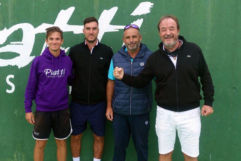 Alcuni dei nuovi arrivi nello staff del Piatti Tennis Center. Da sinistra: Lorenzo Vano, Max Phillips, Karim Perona e Riccardo Piatti