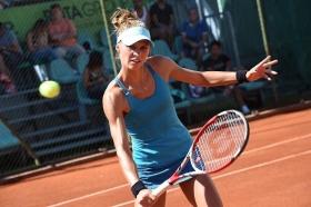 Katarzyna Piter, 25 anni da Poznan (Polonia), ha vinto un altro match in due set a Bagnatica, battuta per 6-0 6-2 Kathinka Von Deichmann - Foto San Marco