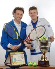 Dopo dieci anni di rapporto professionale costellati da grandi soddisfazioni e risultati di altissimo livello, le strade di Andrey Golubev come giocatore e Massimo Puci come allenatore si dividono