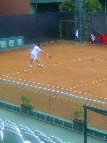 Gianluigi Quinzi classe 1996, n.10 ITF. La foto è stata scattata  questa sera nel match vinto contro Cachin.