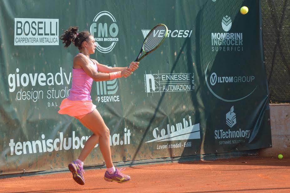 Sofia Rocchetti, 14 anni da Chiaravalle, è in semifinale a Crema. Venerdì sfida la croata Plumtree