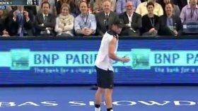 Andy Roddick imita Rafael Nadal