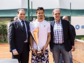 Cristian Rodriguez premiato a Cosenza dopo la vittoria del torneo Open valido per le Prequalificazioni degli Internazionali BNL d'Italia 2015