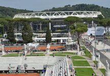 La Conferenza stampa del torneo di Roma. Numeri in aumento. Si è parlato nuovamente del tetto sul Centrale. Dal prossimo anno il Grand Stand sarà più capiente