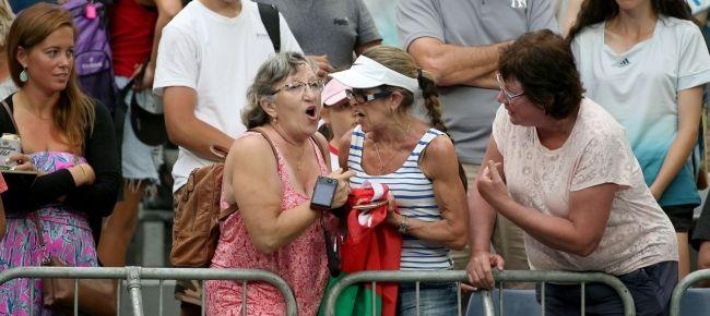 Australian Open: Due Signore litigano per la fascia della Sabalenka