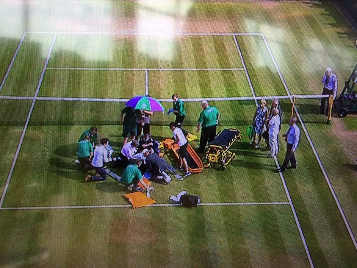 Wimbledon: Grave infortunio al ginocchio destro a Bethanie Mattek Sands