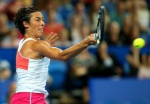 WTA Estoril: Francesca Schiavone batte ancora una volta la Dominguez Lino e si qualifica al secondo turno