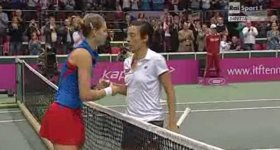 Schiavone al termine dell'incontro con Safarova.