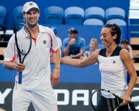 Andreas Seppi e Francesca Schiavone vittoriosi nel doppio alla Hopman Cup