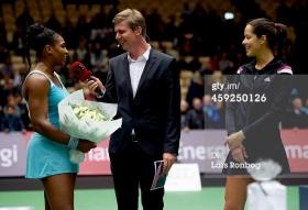 Serena Williams e Ana Ivanovic nell'esibizione di ieri
