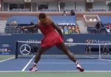 Video del Giorno: Serena Williams risponde con la sinistra