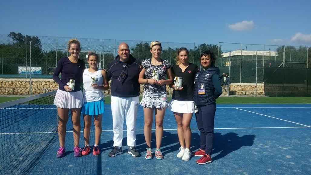 Le vincitrici e le finaliste del doppio