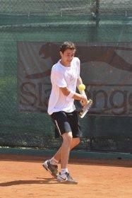 Il tennista del TC Santa Croce sull'Arno Edoardo Soldaini.