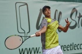 Il ventenne piemontese Lorenzo Sonego, è l'unico italiano in semifinale al primo Città di Lecco: affronterà la testa di serie n.1 Langer, tedesco  - (foto Alberto Locatelli).