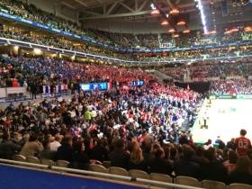 La finale di Coppa Davis fra Francia e Svizzera, in corso allo stadio Pierre-Mauroy di Lille, ha battuto nuovamente oggi il record di spettatori per un incontro ufficiale di tennis.