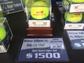 L'ultima palla dell'incontro tra Vinci e Serena Williams è stata messa in vendita per 1500 dollari
