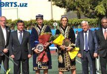 L'insolita premiazione del torneo di Tashkent