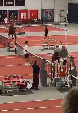 """Video del Giorno: Il tennista """"perde la testa"""" dopo la sconfitta"""