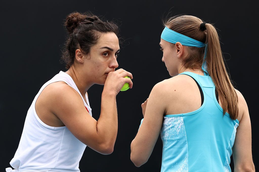 Martina Trevisan e Aleksandra Krunic nella foto