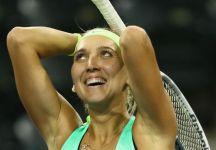 Elena Vesnina ritorna in campo. Wild card a San Pietroburgo. Il torneo  avrà anche una folta presenza di pubblico sugli spalti