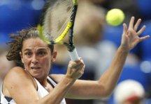"""WTA Barcellona: Roberta Vinci batte una """"stremata"""" Laura Pous-Tio ed è in finale per il terzo anno consecutivo nel torneo spagnolo"""