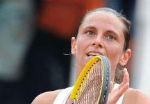 WTA Oeiras: Amaro quarto di finale per Roberta Vinci. L'azzurra esce di scena dopo aver mancato un vantaggio di 5 a 2 nel terzo set contro la Vesnina