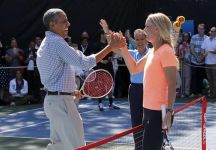 Caroline Wozniack palleggia con Barack Obama