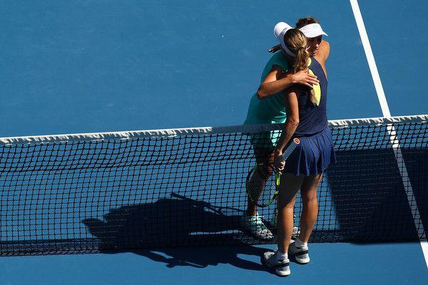 Caroline Wozniacki e Elise Mertens nella foto