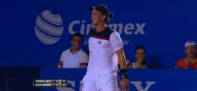 Spettacolare recupero di Horacio Zeballos nei quarti di finale del torneo di Acapulco.