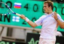 Coppa Davis – Gruppo I: Slovenia-Finlandia 2-1. La Slovenia conquista il doppio ed è più vicina alla vittoria. La vincente sfiderà l'Italia a luglio.